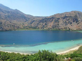 Самое большое пресноводное озеро Крита