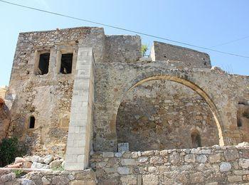 Необычные древние руины Полиринии