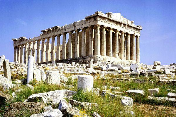 Любима всеми туристами достопримечательность - древнегречесий город  Акрополь