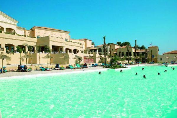 Четырехзвездочный отель на берегу Ионического моря
