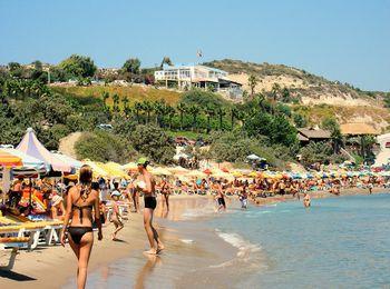 Чистая и ухоженная пляжная зона