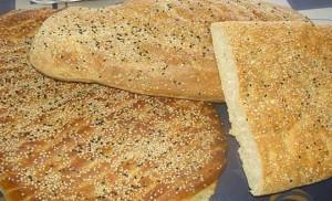 Хлеб лагана - традиционно выпекается  в Чистый понедельник