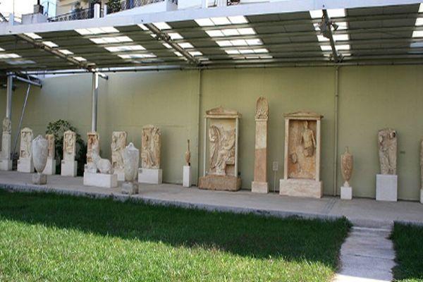 Музей на территории строения