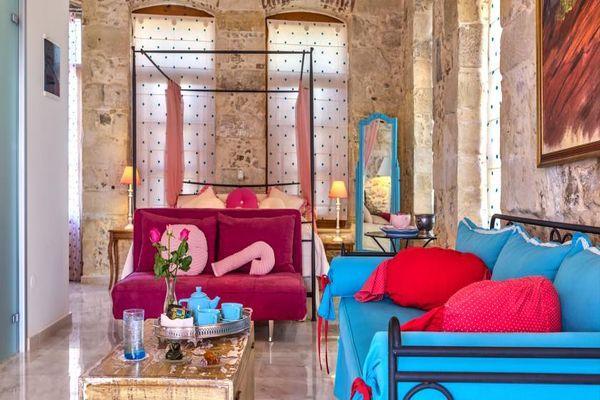 Антикварные апартаменты в Red Suite