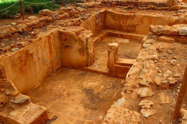 Историческая достопримечательность - Малийский дворец