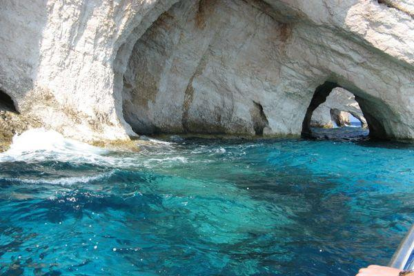 Пещеры - Голубые гроты