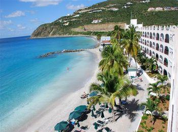 Четырехзвездочный отель на побережье курорта Иксия