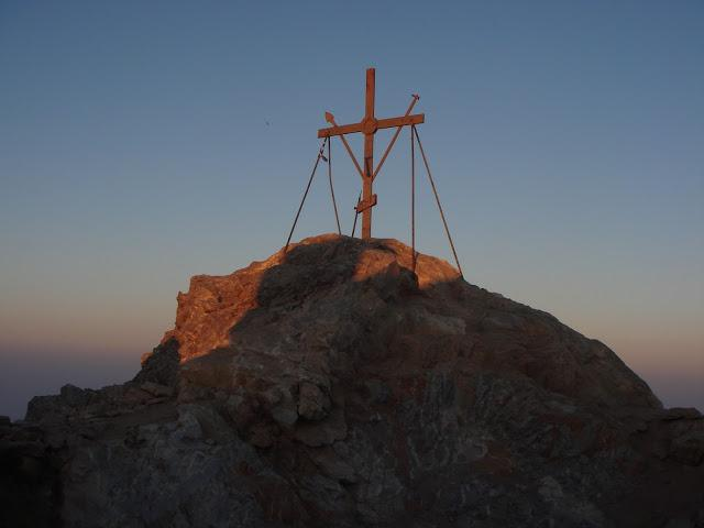 Афонский Крест на вершине Святой горы