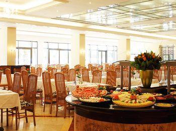 Отменная кухня в ресторане отеля