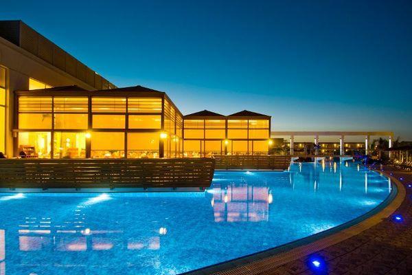 Blue Lagoon Resort 5*