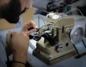 Цех меховой фабрики в Афинах