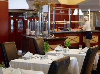 Рестораны и бары отеля