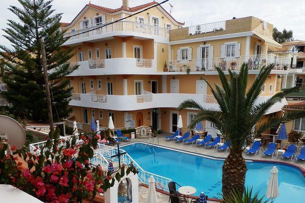 Planos Beach Hotel 3