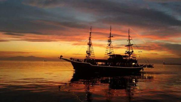 Корабль Арабелла - достопримечательность рядом с Белой Башни